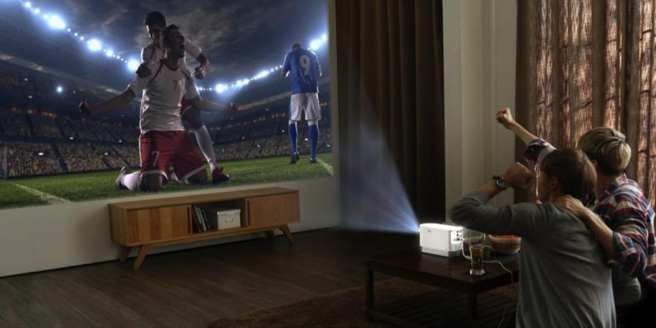 Smart und modern - der LG Andante ist mit Bildbreiten jenseits von 2.0 m der perfekte TV Ersatz